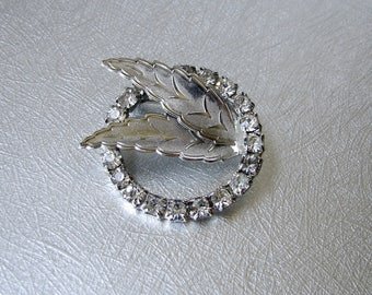 Double Leaf Vintage Rhinestone Circle Brooch Formal Costume Jewelry Bridal Gown Pin Wedding Bouquet Clip Pageant Ballroom Formal Cocktail