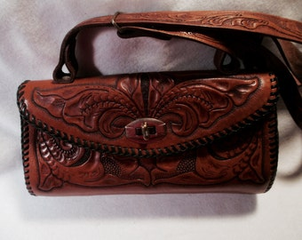 Vintage Western Hand Tooled Hand Bag In Great Condition.
