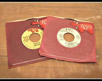 Set of 2 Bee Gees 45 RPM Records, Rest Your Love On Me, He's A Liar, RSO Records, Stereo & Mono, The Brothers Gibb, Barry Gibb, 1970s Rock