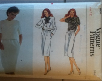 "Vogue Suit Pattern 7651 Size: 12, Bust 34"", Waist 26"", Hip 36"""