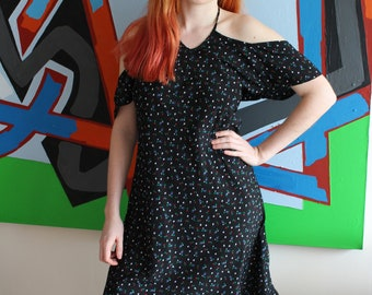 Vintage Dress 80's Black Red And White Daisy Floral Print Halterneck Midi Dress With Ruffle Hem