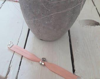 Breast cancer Bracelet: Let's!