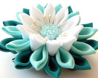 Kanzashi fabric flower hair clip, white and mint.