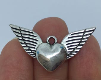 5 Winged Heart Charms Antique Silver - WING16