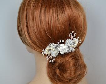 Vintage inspirierte Spitze Braut Haarkamm verziert mit Swarovski Perlen emaillierten Blume und glitzernden Kristallen - Schiffe in 3-5 Werktagen