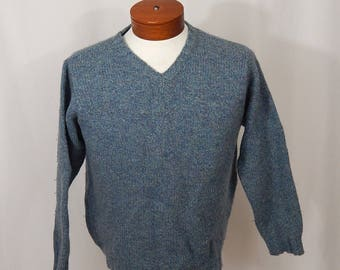 Vintage L.L.Bean Women's V Neck Sweater Pullover Blue Heather Purple Made in Scotland Scottish Wool Long Sleeve Classic Preppy 90s Nineties