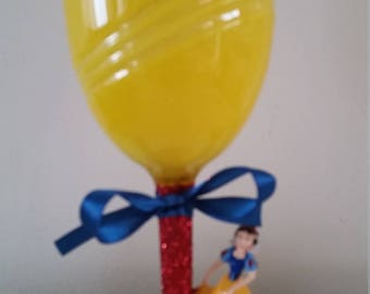 Snow White princess glotter wine glass gift