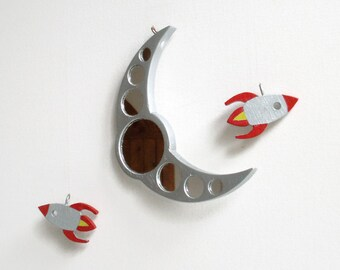Suncatcher, Moon and Rockets, Moon Catcher, Window Decor, Moon and rocket Mobile, Wooden Moon, Wooden Rockets, Wooden Mobile, Rocket Mirror