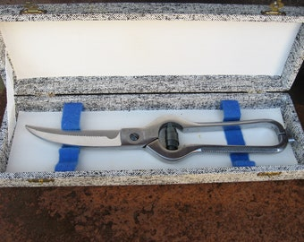 1950s French Poultry Shears, original box. Large chrome scissors to cut up roast chicken. Elegant & useful chef kitchen utensil. Foodie gift