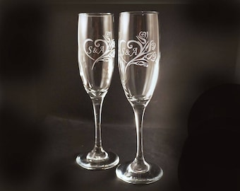 Etched Personalized Champagne Flutes - Wedding Toasting Flutes - Sweetheart Roses Toasting Flutes