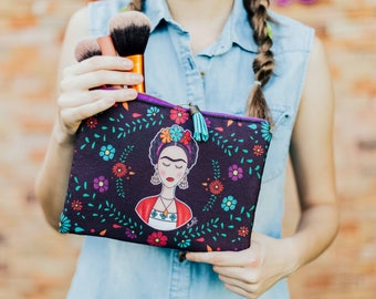 Frida Cosmetic Bag with flowers.