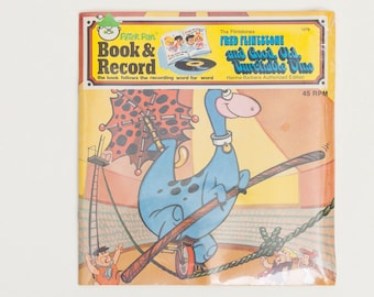 The Flintstones Book and Record: Fred Flintsone and Good, Old, Unreliable Dino - Vintage book and Vinyl Record, Deadstock, 1980s