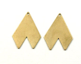 10 Geometric jewelry pendant or earring drops. 28mm x 21mm (S30).