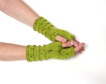 arm wrist warmers gift for women winter accessories Green arm warmers gift ideas Knit Fingerless Gloves Mittens