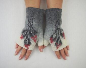 Felted gray white fingerless gloves, wool hand warmers, fingerless mittens, wrist warmers, winter fall spring gloves, gift for her