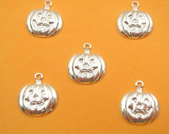 SET 5 METALS CHARMS Silver: Pumpkin Hlalloween 12mm