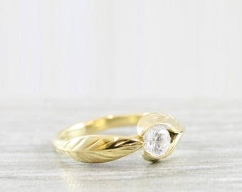 Leaf nature engagement ring with white sapphire, diamond or moissanite in yellow gold for her