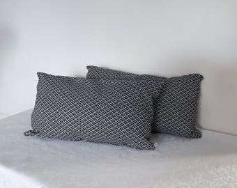 "Complete pillow ""Japanese"" fabric black and white, 30 x 50 cm"