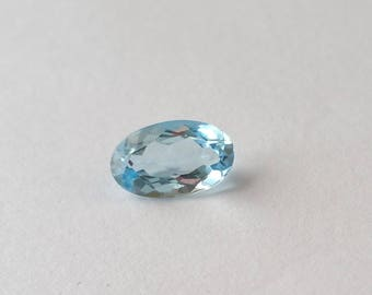 Elongated oval Blue Topaz 8x5