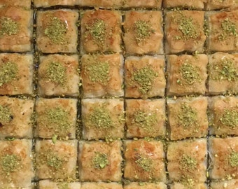 Turkish Homemade Baklava from Turkish Family - 24 oz (22-26 Square Baklava)