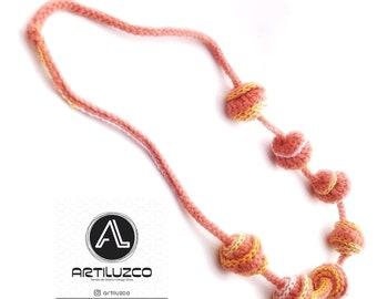 Bordoneo Leonino, Crochet necklace, Necklace in natural fibers, Handmade knitted necklace