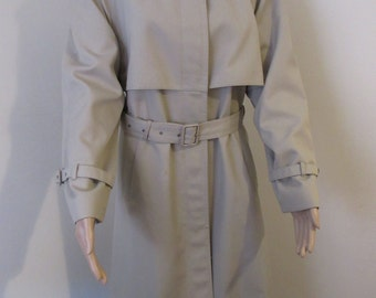 Vintage Womens 1980's Danimac Fawn Coloured Raincoat - Size