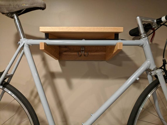 wand montiert fahrrad regal mit haken h ngen. Black Bedroom Furniture Sets. Home Design Ideas