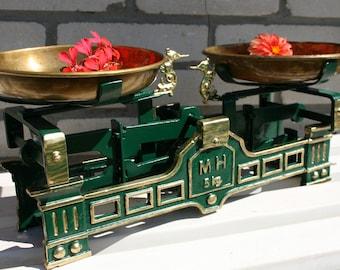 Antique Scale, Vintage Soviet Market Scales, 5kg, Office decor, Vintage Scale, Kitchen Scale, Cast Iron Scale, Balance scale, market scale