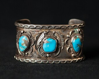 Vintage Cuff - Vintage Navajo Sterling Silver Turquoise Cuff Bracelet