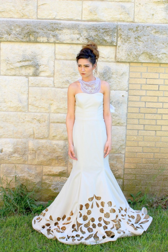Size 4/8 Ivory Ballroom Wedding Gown w/ Detachable Skirt and