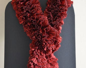 """Ruffled"" bright red lurex scarf"