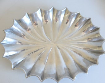 """Rare and Unique Vintage Wilton Armetale Fluted 19"""" Tray - Wilton Shallow Bowl - Wilton Tray - Serving Tray - Salad Bowl - Buffet Platter"""