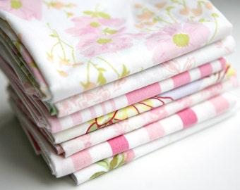 Vintage Sheet Fat Quarter Bundle - Pink Mix - Set of 7