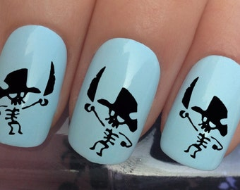 nail art set #638 x24 pirate skeleton figurine hat sword water transfer decals stickers manicure set