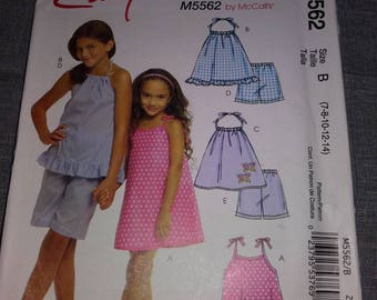 5582 Simplicity Girl Child's dress, top, and shorts Pattern, UNCUT, Size 8.10.12.14, Easy Pattern