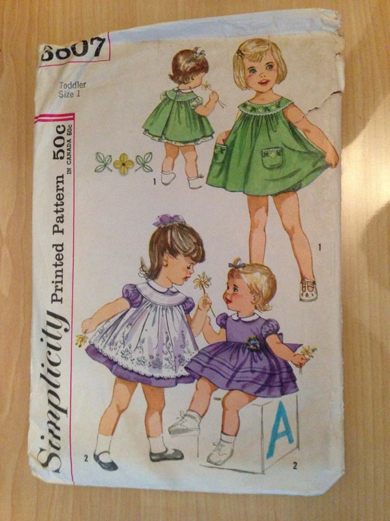 Simplicity 3807 Sewing Pattern 1960s Toddler Dress, Pinafore and Panties Size 1