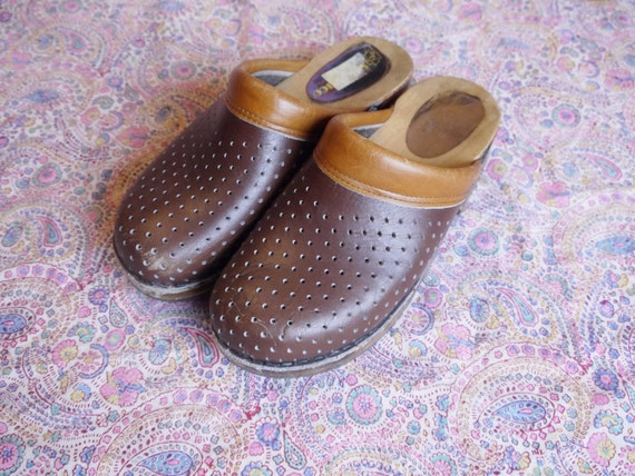 shoes Vintage sandals holes clogs 70s uk boho F2 Sanastico 39 us 8 eu platform 6 wooden brown zqYxExd