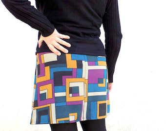 Mini a-line printed seventies - M and l.