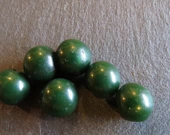 Set of 6 small dark green round vintage heirloom buttons