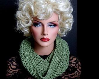 Infinity Scarf, Sage Green, Mens Scarf, Womens Scarf, Green Cowl, Green Scarf, Green Neckwarmer, Light Green Scarf, Crochet Scarf, Knit Scar