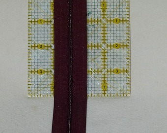 Zipper Chain 3 mm zipper chain burgundy 5 yards with wide side tape