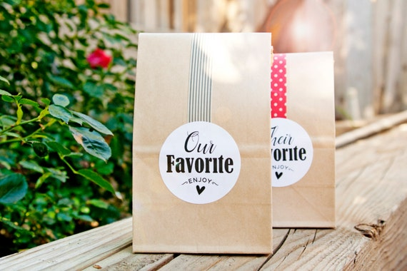 Wedding Gift Tag Stickers, Wedding Party Favor Stickers, MR and MRS Party  Labels,