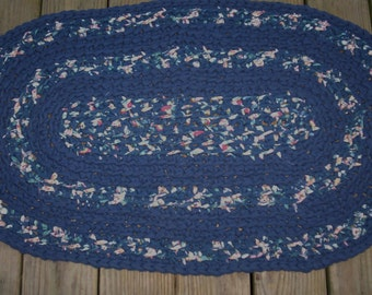 Crocheted oval Rug........Fabric
