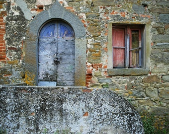 Old house in Italy