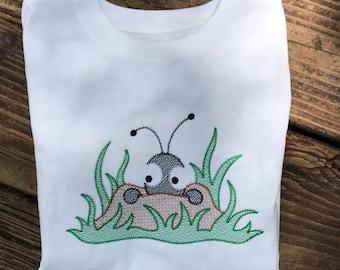 Peeking ant tshirt