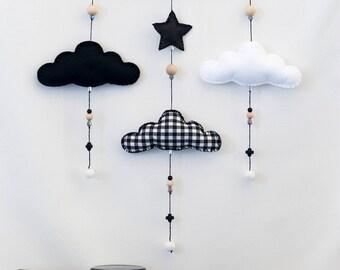 Monochrome Cloud Nursery Mobile / Black and White / Felt Mobile / Nursery Decor / Baby Room / Wall Decor