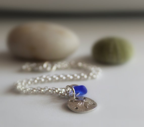 Little Sand Dollar sea glass anklet in sterling silver