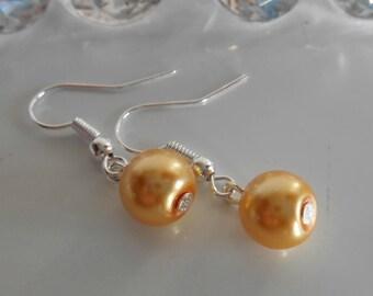 Wedding Pearl Earrings yellow gold