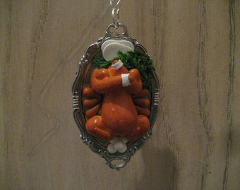 """Dead Turkey Dinner Feast Thanksgiving Necklace - 16"""" inches"""