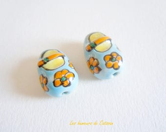 2 China shoes 20x14mm - handmade beads